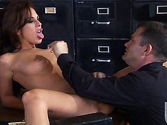 Kirsten Price gives it to hot guy and makes him shoot his load