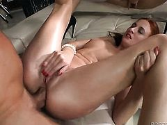 Group sex with two babes