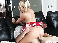 Huge tits blonde is getting dicked