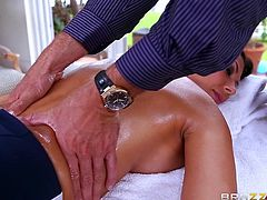 Rachel is on the massage table, getting a much-needed pampering from her long days. Her masseur oils her up and rubs her, until her tension just simply melts away. As he goes below her waist, he slides his tongue into both of her holes from behind. That gets her in the mood to blow him slowly.