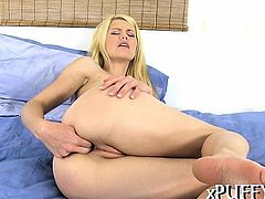 Beauty's slutty pussy is oozing with pleasing vaginal nectar