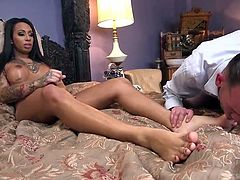 Feet fetish tranny Black