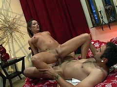 Brunette woman likes big cocks and hair pulling doggystyle sex