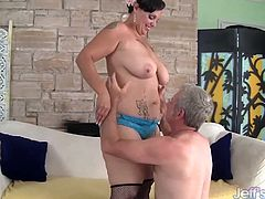 Sexy and horny milf gets her ass and pussy licked so good and gives him a blowjob in return. The she takes his fat dick in her chubby twat and rides in many positions until he cum.