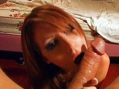Eager beauty giving an amazing BJ