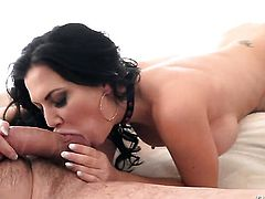 Manuel Ferrara makes Seductive sex kitten Jasmine Jae with giant tits scream and shout with his hard snake in her bum hole after oral job