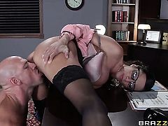 Ariella Ferrera with juicy boobs and Johnny Sins have oral sex for camera for you to watch and enjoy