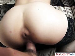 Blonde Tony DeSergio shows her slutty side in cumshot action