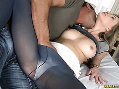 Blonde Angel Piaff does her best to make man cum in with hands