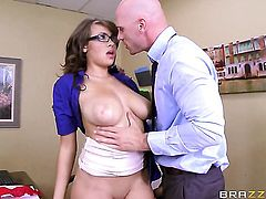 With giant boobs opens her mouth invitingly in blowjob action with Johnny Sins