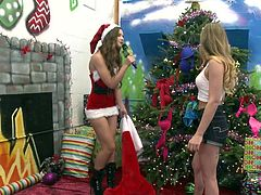 hot and kinky fun during xxxmas @ season 4, ep. 7