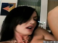 Melissa Lauren with juicy boobs and trimmed pussy screams and shouts as she plays with her bum in steamy solo scene