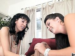 Alison Tyler offers her slit to horny guy