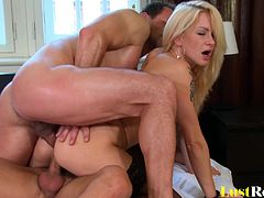 While being interviewed, this blonde babe will take your breath away with her amazing performance. She was so good that these two men just had to join the fun by penetrating and cumming all over her juicy buttocks.