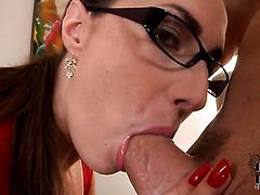Paige Turnah has a great time jerking guy off