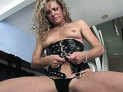 Blonde enjoys throbbing love stick deep inside her love box