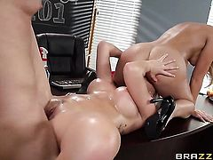 Blonde Chloe Addison gets her mouth stuffed full of ram rod in cock sucking action with horny fellow