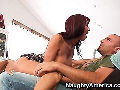 Mature senorita Tara Holiday with gigantic knockers and smooth bush loves getting her nice face cummed on