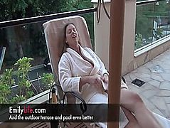 Emily an dilettante housewife and mother I'd like to fuck on 24h web camera