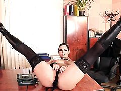 Eve Angel has a nice time dildoing her hole