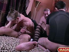 Germany has proper swingers clubs and we show you the best of those clubs. Mature amateur couples get together to literally fuck each other.