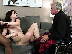 David Christopher gets the hole between her legs fucked hard interracially