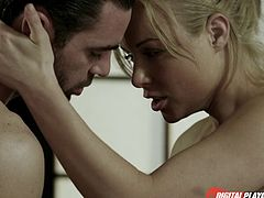 Kayden Kross still looks like a sex goddess when getting penetrated!