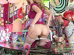 Blonde chicana Jada Stevens with round butt does lewd things and then gets her lovely face covered in sperm