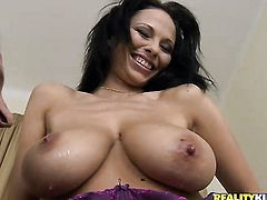 Brunette Dominno gives a closeup of her pussy hole while masturbating