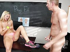 Lustful harlot Capri Cavanni knows no limits when it comes to cock stroking