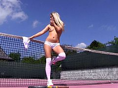 It's time for her to stop playing tennis and masturbate that pussy!