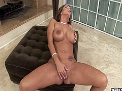 Solo finger fucking makes Trina Michaels wet between the legs
