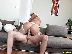Blonde Jmac with bubbly butt and bald cunt gives giving oral pleasure to hot dude