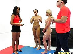 Blonde oriental with big butt cant live a day without taking dudes stiff love wand in her beaver in interracial action