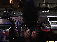 Teen exotic gets her mouth stretched by thick erect dick of horny bang buddy