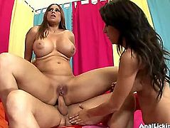 3Some wazoo fucking fun with Sheila and Alexa Nicole fearsome-threatening PornDoe