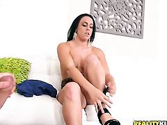 Piercings Brooke Summers sucking like it aint no thing in oral action with hot blooded guy