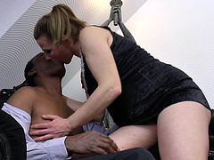 Mesmerizing housewife rides the black dick like she always wanted to