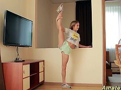 skinny real flexible teen gymnast stretching her incredible hot limber body