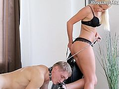 Shaved cunt of a gorgeous blonde mistress rides his face