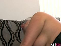 Slut with fat ass Kaz B rides her client intensively