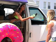 When the Money Talks teams goes to sunny Miami, Florida fun stuff always happens. The bodacious babes chilling in the sunbelt are always willing to get nude for piles of cash. Some take the challenge to have whipped cream on their boobs and another, gives a blowjob to a donut covered cock.