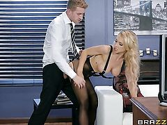 Blonde has great sexual experience and expands it with hard cocked fuck buddy Danny D