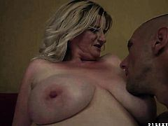 Blonde takes dudes cum loaded love wand in her hot mouth