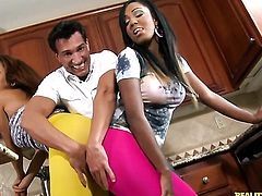 Piercings cocoa Serena Ali with juicy tits and smooth bush gives giving oral pleasure to her hot bang buddy Marco Banderas