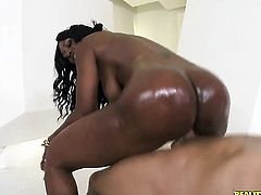 Tattooed darky Nyomi Banxxx with bubbly booty and shaved bush and hard dicked dude enjoy oral sex