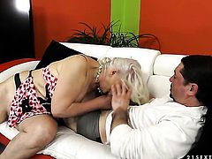 Blonde gets her mouth destroyed by hard dick