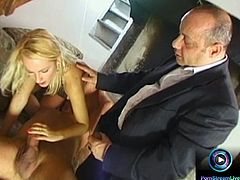 Blonde girl giving it all in a great MMF scenes