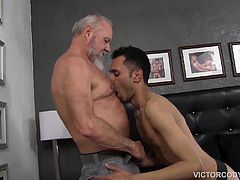 Travis Woods has endured a long day at work, thinking about fucking his boy. When the horny daddy arrives home hes greeted by his boy in nothing but a jockstrap. Prince Ali has been waiting to please his daddy and goes right for the lips, pits and nips. As his mouth moves south, Prince soon has daddys cock in his face and takes that banana shaped meat all the way down his throat.