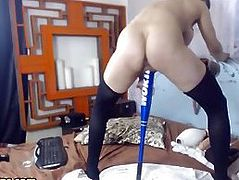 Kinky brunette drilling for some oil in her pussy